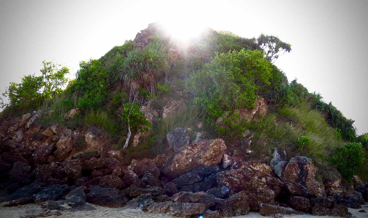 Mandalika cliff and the mystical story