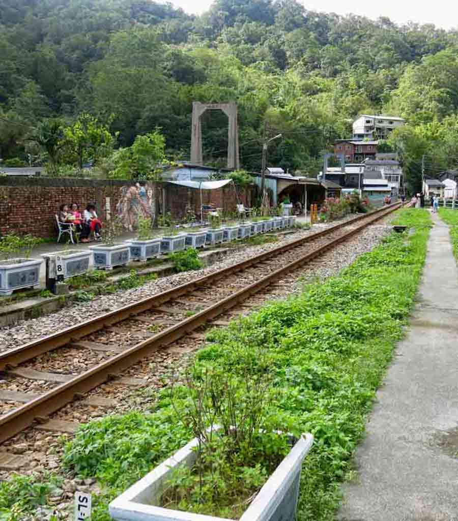 Sandiaoling-Village-Pingxi-Ruifang-Jiufen-Taiwan