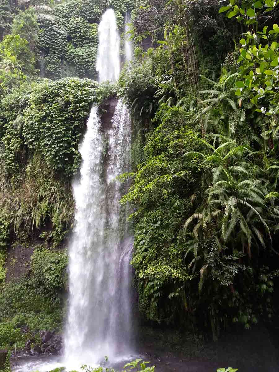 Hidden waterfalls within Rinjani National Park.